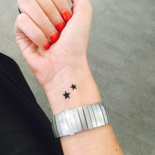 tatuaje estrellas