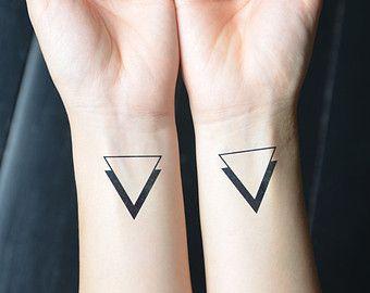 tatuaje geométrico dieños